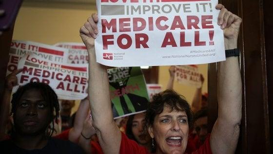 Usa, al Senato passa per un solo voto il 'sì' al dibattito per 'smontare' l'Obamacare