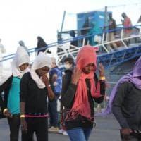 """Migranti, la Corte Ue: """"Paese d'arrivo è competente per le richieste d'asilo"""""""