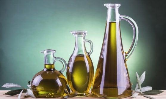 """Olio extravergine, per l'oro liquido italiano è allarme rosso: """"Sta scomparendo"""""""