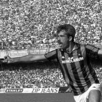 Calcio, gli ultimi trent'anni dei re del gol raccontati in cento foto