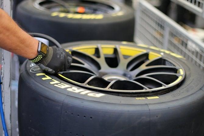 Pirelli show alla 24 Ore di Spa