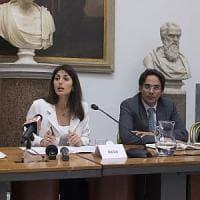 """M5s, a Roma fronda anti Raggi vuole lo stop ai diktat di Grillo. """"Svolta o andiamo a..."""