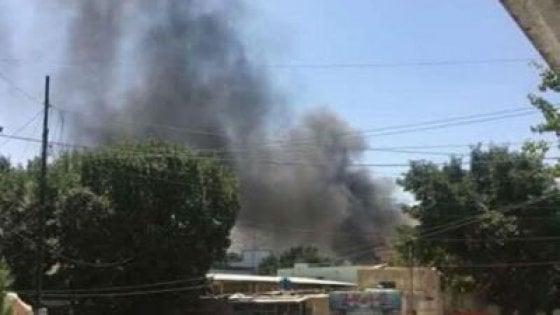 Afghanistan, attacco all'ambasciata irachena di Kabul: l'Isis rivendica
