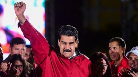 """Venezuela, dopo il voto arrivano sanzioni Usa per Maduro. Ma lui sfida Trump: """"Mi odia ed è disperato"""""""