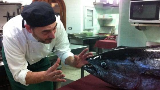 In Sardegna, a San Teodoro, pesce freschissimo senza pasticci