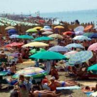 Odissea spiagge 2017: tra lidi illegali, cemento e diritti violati