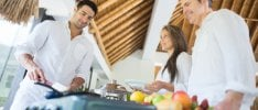 Vacanze, buffet da 5mila calorie   al giorno: i rischi 'all inclusive'  Cibi e bevande: l'apporto calorico      di IRMA D'ARIA