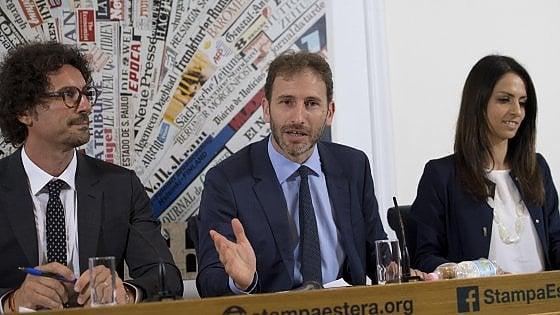"""M5s, Casaleggio presenta il nuovo Rousseau: """"Un milione di iscritti entro il 2018"""""""