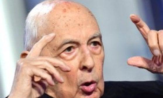 """Napolitano: """"Le bombe contro Gheddafi? Basta distorsioni ridicole: decise Berlusconi, non io"""""""