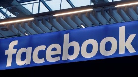 Facebook punta sull'hardware: un dispositivo per videochiamare e uno smart speaker