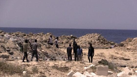 Viaggio in Libia, sulla costa di nessuno