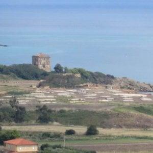 Crotone: il soprintendente sotto accusa per lo sfregio ai Caraibi d'Italia