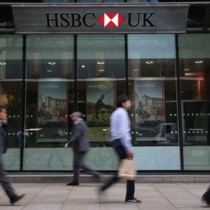 Londra, frenano gli stipendi dei top manager. Ma sono ancora 129 volte quelli di un dipendente medio