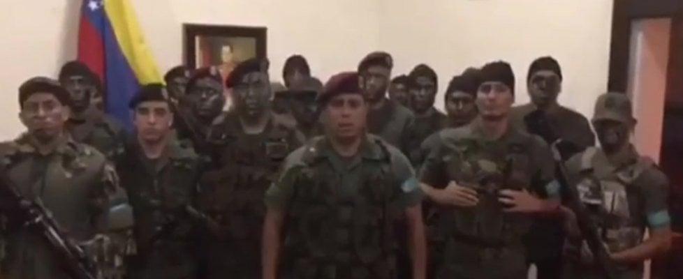 Venezuela, gruppo militari tenta sollevazione contro Maduro: due morti a Valencia