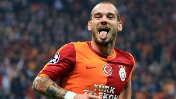 Occhio Napoli, il Nizza si rinforza: Sneijder ad un passo