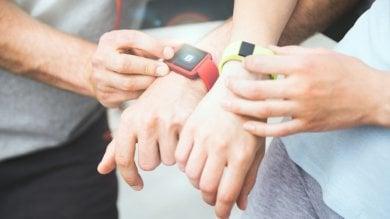 Altro che esercizio, i fitness tracker scoraggiano i teenager