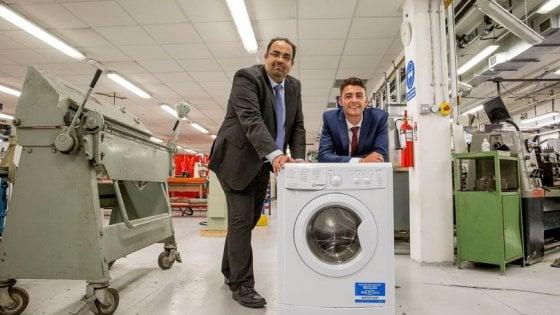 Una lavatrice salverà il Pianeta: l'eco-invenzione di uno studente 22enne