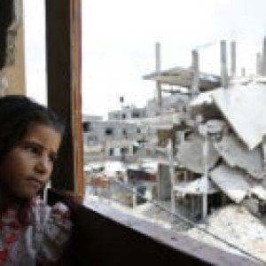 Gaza, 2 milioni di persone senza acqua corrente con 2 ore di elettricità al giorno