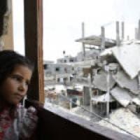 Gaza, 2 milioni di persone senza acqua corrente con 2 ore di elettricità