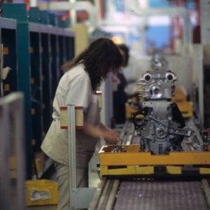 Istat, cresce la produzione industriale a giugno. Balzo dell'auto