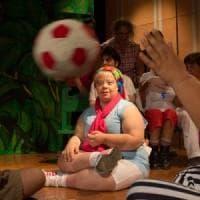 Soli, poveri e abbandonati a loro stessi: il dramma dei disabili nei quartieri