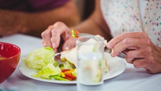 Alimentazione, negli anziani un problema da non sottovalutare