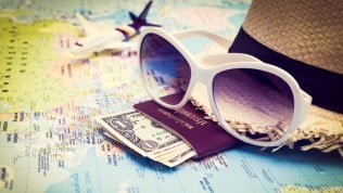 Viaggi, come controllare le spese e condividerle con gli amici foto