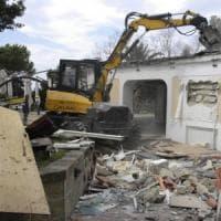 """Delrio: """"Contro gli abusi edilizi l'unico deterrente sono le demolizioni"""""""