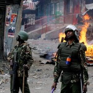 """Kenya, l'opposizione denuncia: """"Oltre 100 morti fra cui 10 bambini negli scontri dopo le elezioni"""""""
