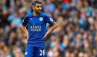 Roma, il Leicester offre Mahrez al Barcellona. Difesa: Boateng nel mirino