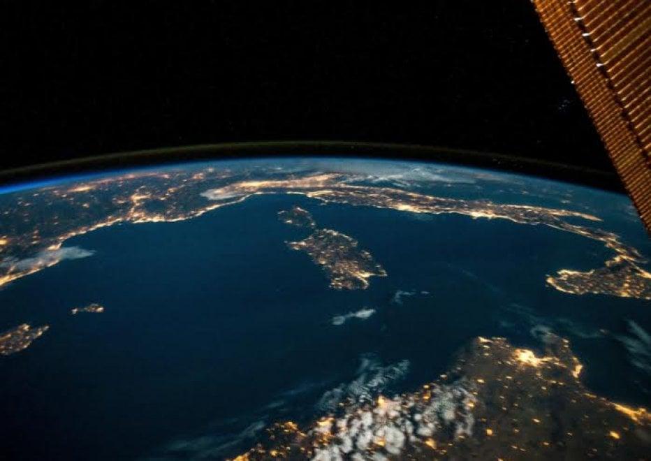 L'Italia dallo Spazio, la foto di Nespoli per l'app SPAC3