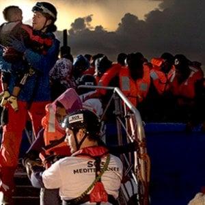 """Migranti, """"Ostacoli all'assistenza umanitaria creeranno un gap letale nel Mediterraneo"""""""