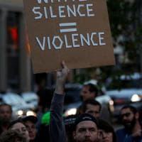 Charlottesville, polemiche su Trump: non condanna esplicitamente estrema destra