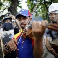 Venezuela, liberato il violinista simbolo della protesta contro Maduro