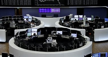 Borse, chiusura positiva Fca continua a correre