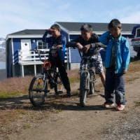Con gli sci sugli ultimi ghiacci della Groenlandia