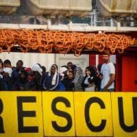 """Migranti, il Viminale: """"Il codice Ong è puro buonsenso"""""""