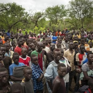 L'Uganda al collasso: è qui che un milione di sud sudanesi trova rifugio