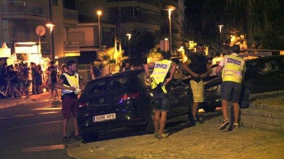 Spagna, ancora un attacco a Cambrils: uccisi 5 terroristi, sette feriti