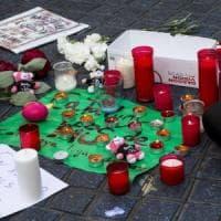 Barcellona, la strage dei turisti: sulla Rambla morti e feriti di almeno