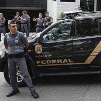 Brasile, turista italiano ucciso a coltellate dopo festino: il corpo trovato