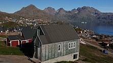 Con gli sci sugli ultimi ghiacci della Groenlandia   Le immagini