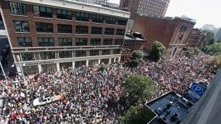 Boston, risposta a Charlottesville:in 40mila contro il razzismo video