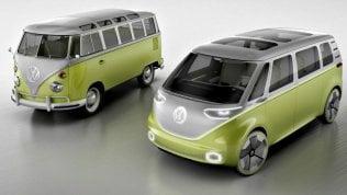 Volkswagen, torna il pulmino. E stavolta è tutto elettrico Foto
