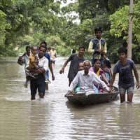 Inondazioni,  più di 16 milioni sotto emergenza in Nepal, Bangladesh e