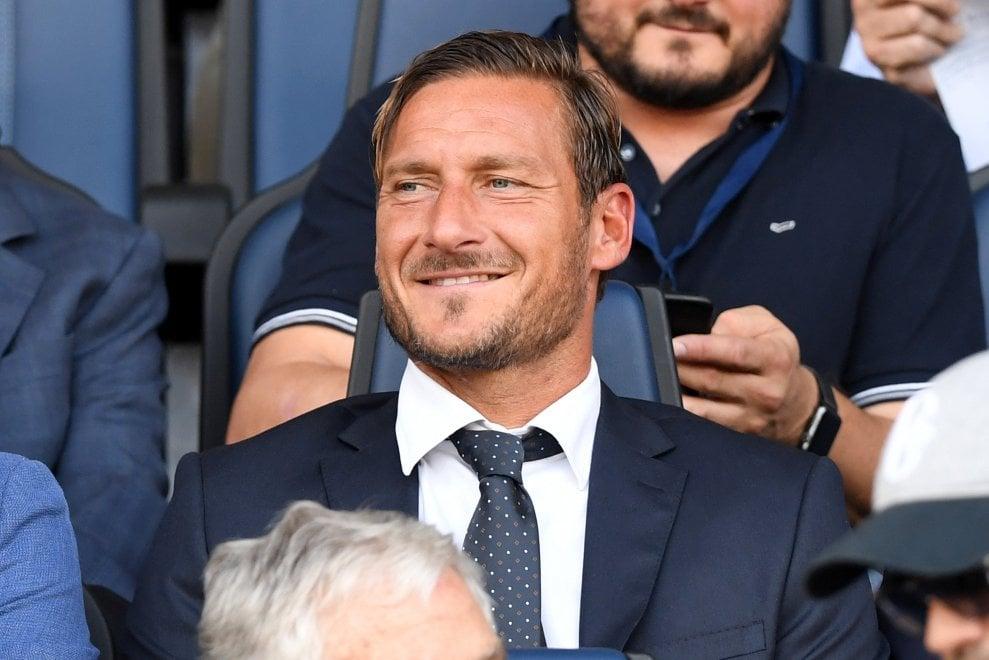 Prima da dirigente per Totti: in tribuna a Bergamo per Atalanta-Roma