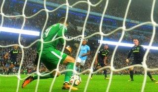 Premier League: Rooney fa 200 ma non basta all'Everton, Sterling salva il City