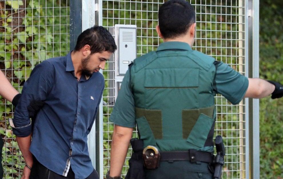 Strage Barcellona, i 4 arrestati in tribunale