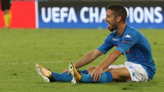 Champions, tifosi del Nizza lanciano petardi contro l'albergo del Napoli. Mertens ancora in dubbio