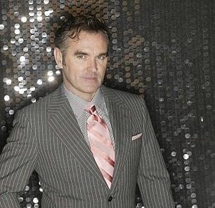 Morrissey, è pronto il nuovo disco, si intitola 'Low in High-School'